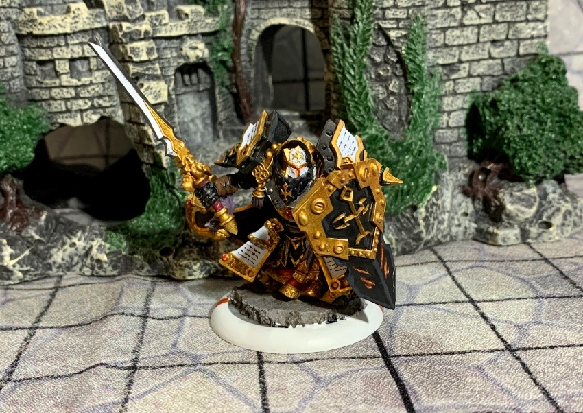 MENOTH:Exemplar Cinerator Officer