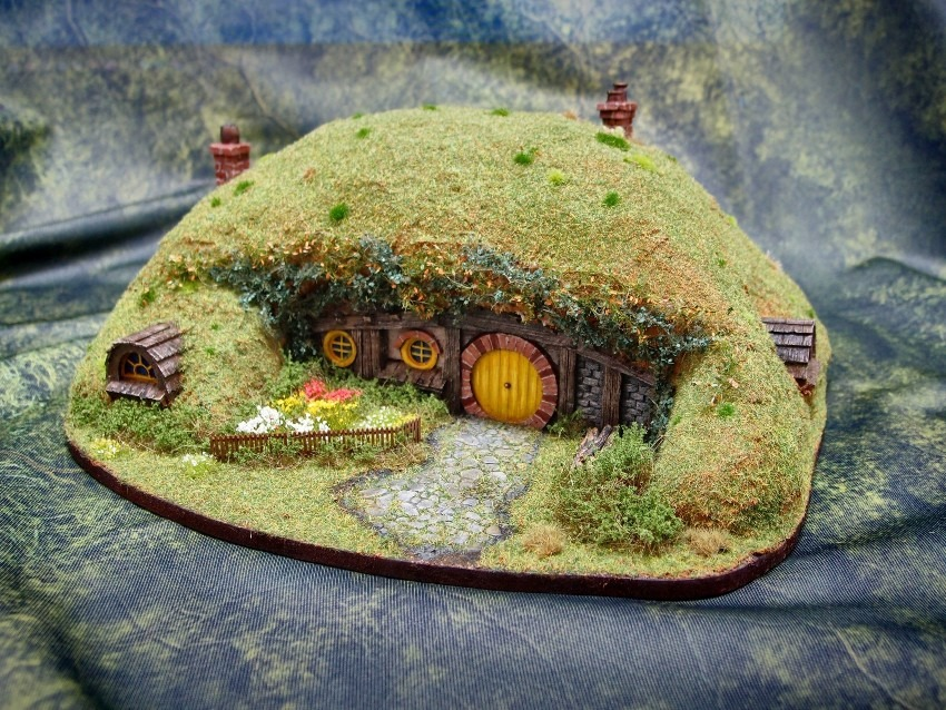 Hobbit House / Middle-Earth