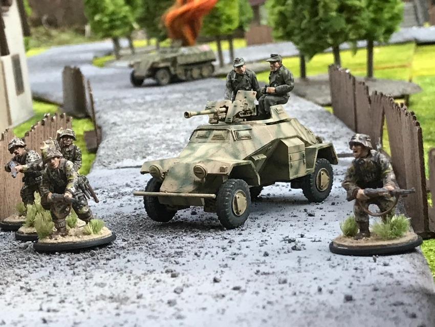ドイツ軍の4輪装甲車